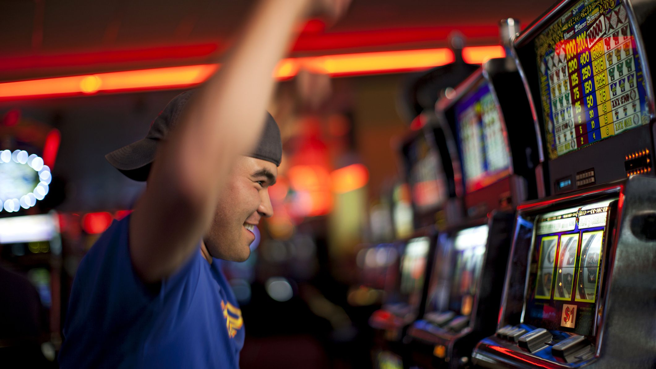 play and win in slot games