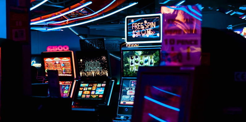 playing online casino games: